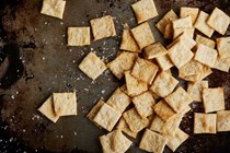 How to make saltines at home