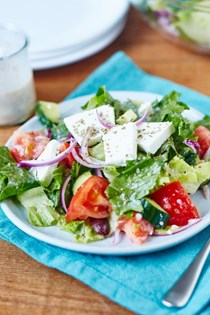 How to make the best diner-style Greek salad