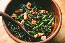 Kale, green bean, and lentil salad with crispy tofu