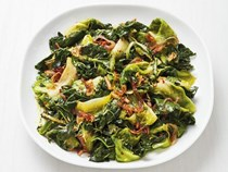 Kale with escarole and shallots