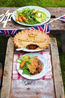 Kate & Wills's wedding pie, beef & beer filling, unbelievable pastry