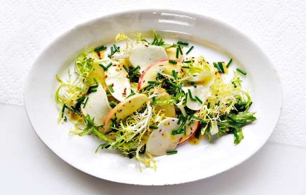 Kohlrabi and apple salad
