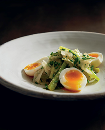 Leeks & soft eggs with garlic vinaigrette