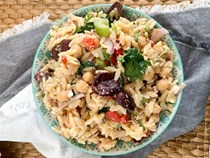 Lemon sesame tuna & chickpea orzo salad