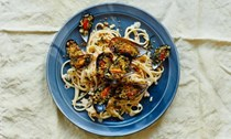 Linguine with grilled mussels and garlic crumbs