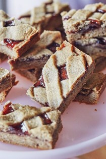 Linzer bar cookies