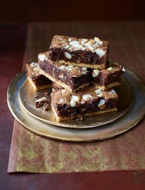 Macadamia, rum and raisin brownie shortbread bars