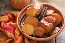 Mexican candied sweet potatoes (Camotes enmieladas)