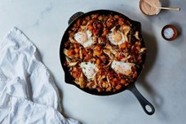 Moroccan chicken hash with harissa cream