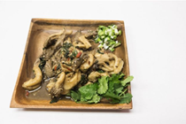 Mushrooms with holy basil (Pad gaprao het)