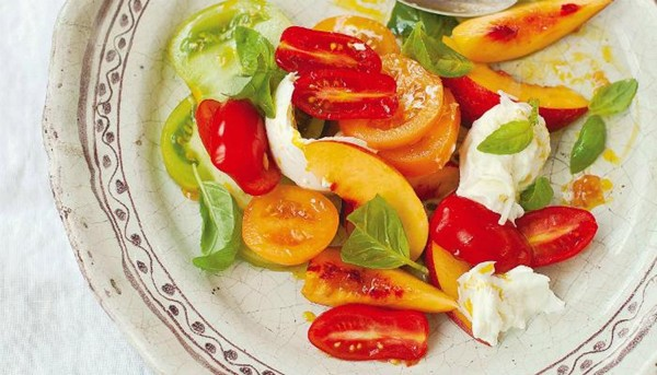 nectarine tomato and basil salad
