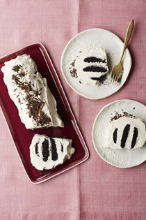 Old school icebox cake