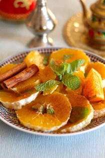 Orange salad with cinnamon