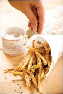 Oven-roasted frites with herbes de Provence