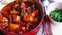 Oxtail stew with pumpkin and cinnamon