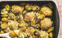 Parmesan roast chicken with cauliflower & thyme