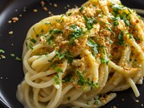 Pasta with creamy anchovy-butter sauce (Pasta burro e alici)