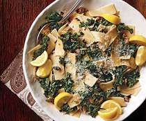 Pasta with sausage and kale