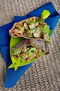 Peanut chicken pitas