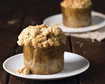 Pear-walnut muffins with vanilla bean-ginger streusel
