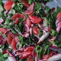 Pink grapefruit and sumac salad
