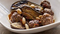 Pork and veal meatballs with eggplant