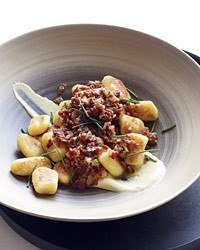 Potato gnocchi with pastrami ragù