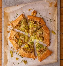 Potato, thyme and Taleggio galette