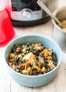 Pressure cooker Indian spinach and tofu (Saag tofu)