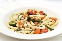 Pronto pasta with pine nuts and tomatoes
