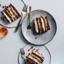 Pumpkin-chocolate cream cake