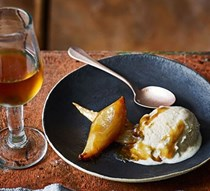 Roast pear & sherry ice cream