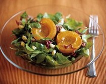 Roasted apricot and arugula salad with gorgonzola
