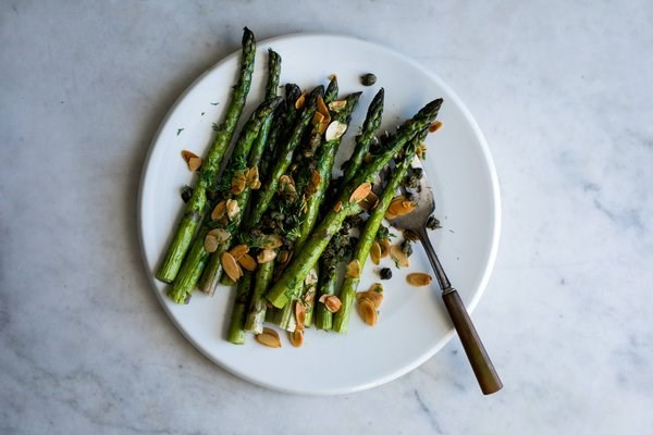 Roasted asparagus with buttered almonds, capers and dill