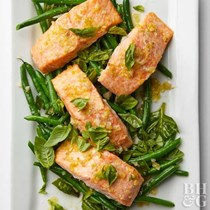 Roasted salmon and green beans