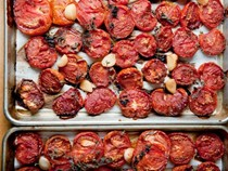 Roasted tomatoes for the freezer