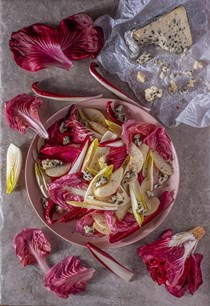 Roquefort, pear and chicory salad with walnut oil