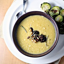 Rosemary white bean soup with fig and walnut tapenade