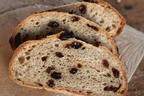 Rye and raisin loaf