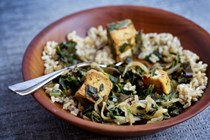 Saag tofu with kombu