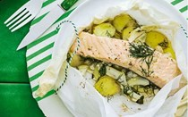 Salmon, fennel & potatoes en papillote with dill butter