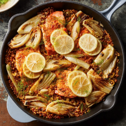 Salmon with fennel & sun-dried tomato couscous
