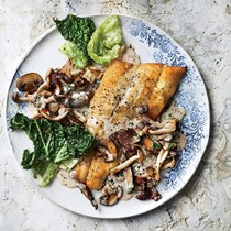 Sautéed lake fish with creamy wild mushrooms