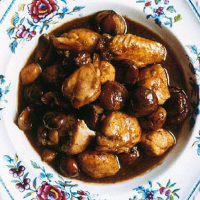 Shanghainese braised chicken with chestnuts (Ban li shao ji)