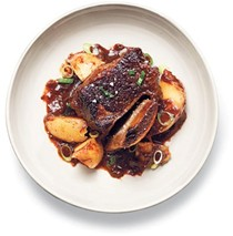 Short ribs in gingered plum sauce