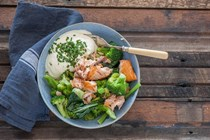 Smoked trout and broccoli bowls