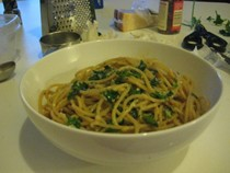 Spaghetti with olive oil, garlic and red pepper flakes