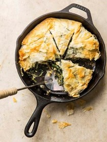 Spanakopita with pine nuts