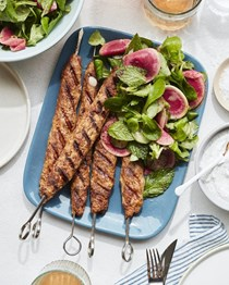 Spiced chicken kebabs with yogurt sauce