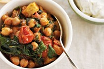 Spiced chickpeas and haloumi